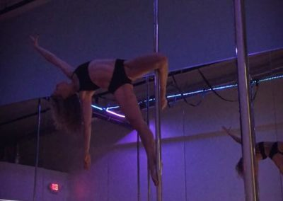 Lauren Shaw: Pole Fitness